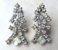 Vintage Art Deco Style Rhinestone Drop Screw Back Earrings By Triad.